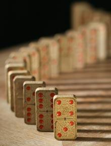 arti-dvarner-domino-theory