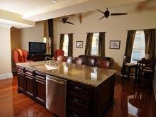 vrbo-society-house-kitchen