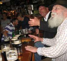 Ireland-roadside-tavern