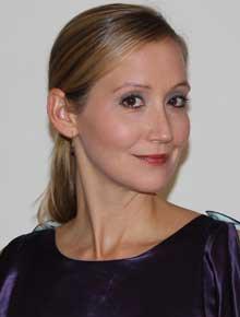 fashion-Caroline-Baker