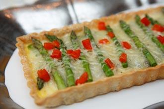 everyday-asparagus-tart
