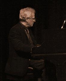 V-Pianist-Bill-Aycock-BettyOwen