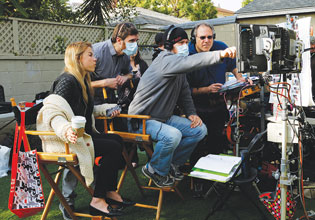 Interwoven-On-the-Set-2