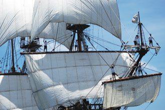 Santa-Elena-Galleon-Under-Sail