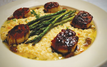 Madisons Scallops Grits