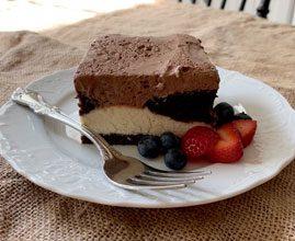 celebrate italian love cake