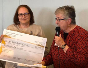 Fripp Island Women's Club Offers Pat Conroy Scholarship